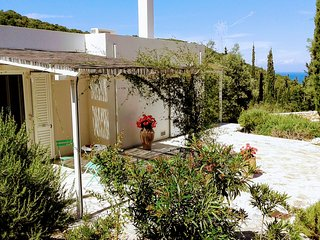 Nice House with Deck and Internet Access - Volimes vacation rentals