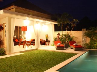 2 Bedroom Villa WALKING DISTANCE TO THE BEACH, GREAT VALUE - Seminyak vacation rentals