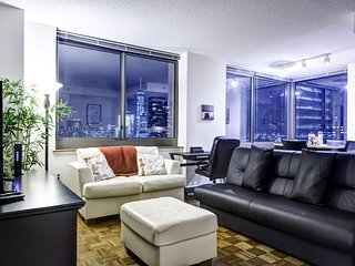 New York 1 Bedroom Apartment Facing Manhattan Skyline - Jersey City vacation rentals