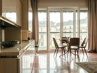1 Bedroom Apartment near Eiffel Tower - Paris vacation rentals