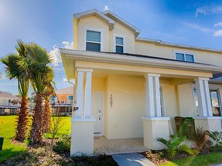 Stunning 3 Bed 3 Bath Pool Home, Private Balcony (1507-RETREAT) - Orlando vacation rentals