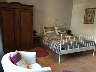 1 bedroom Bed and Breakfast with Game Room in Saint Nicolas de Bourgueil - Saint Nicolas de Bourgueil vacation rentals