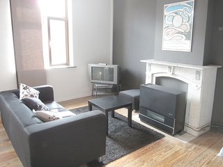 2 bedroom Condo with Microwave in Liege - Liege vacation rentals