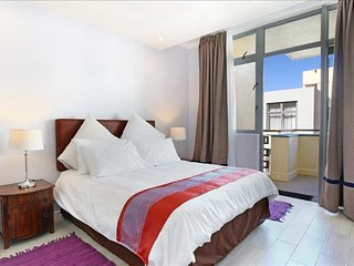 Apartment in Cape Town with Lift, Parking (554302) - Muizenberg vacation rentals