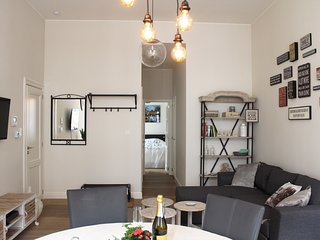 2 bedroom Condo with Internet Access in Antwerp - Antwerp vacation rentals