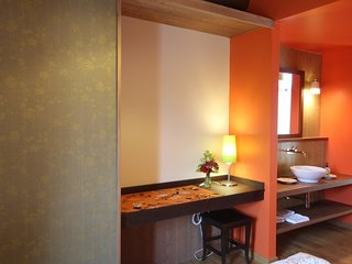 Tetto Garrone, a farm between hazelnuts: Biricoccolo room - Roata Rossi vacation rentals