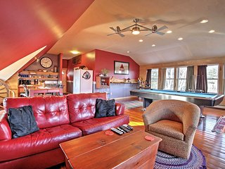 Romantic/Relaxing 1BR Lakes Region Chalet w/Views! - Hill vacation rentals