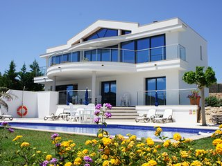 Stylish Newly Built Modern Villa with Large Private Pool & Panoramic Views. - Mercadal vacation rentals