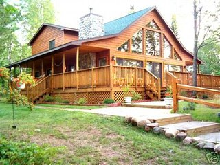 Nice Chalet with Deck and Internet Access - Ojibwa vacation rentals