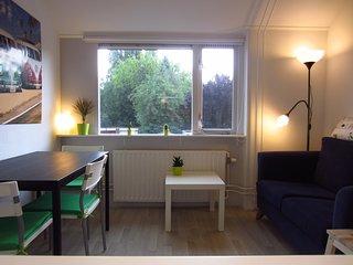 Tworoom Studio near Enschede city centre - Enschede vacation rentals