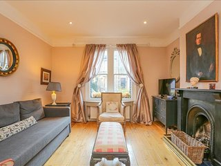 A Grand and Lovely City Centre Jericho Escape - moments from the heart of Oxford - Oxford vacation rentals