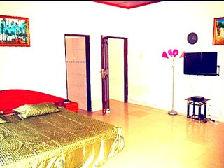 Classy 3 Bedroom Villa With Pool in Accra, Ghana - Accra vacation rentals