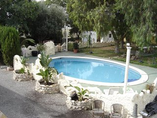 Romantic spacious villa with pool ,ideal for families, friends or couples. - Crevillente vacation rentals