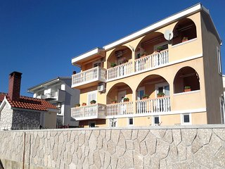 Romantic 1 bedroom Rtina Apartment with Internet Access - Rtina vacation rentals