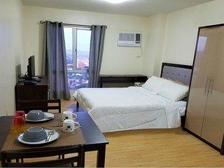 24th Flr. Penthouse I.T. Park Studio-Best Views! - Cebu City vacation rentals
