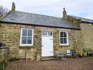 THE OLD SCHOOL ROOM, single-storey, country cottage, lawned garden in Longhorsley, Ref: 942898 - Longhorsley vacation rentals