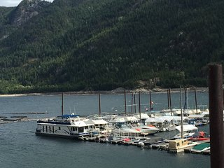 Waterfront Luxurious Family Suite in the heart of the Kootenay's - Castlegar vacation rentals