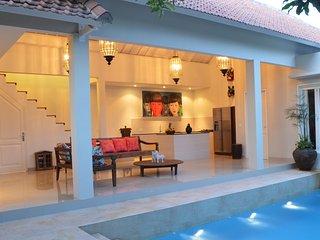 Beautiful 2 Bedroom villa in Seminyak with stylish interiors - Seminyak vacation rentals