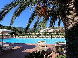 Comfortable 1 bedroom Condo in Porto Azzurro with Internet Access - Porto Azzurro vacation rentals