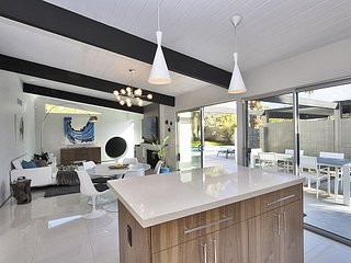 Alexander Deluxe - Palm Springs vacation rentals