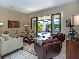 Greenhouse East Condo - Palm Springs vacation rentals