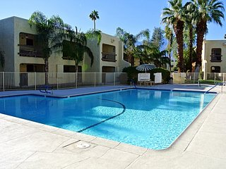 Palm Springs Golf & Tennis Club Condo - Palm Springs vacation rentals