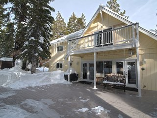 Skier and Summer Retreat Home in Lake Tahoe on the edge of the forest. - Fallen Leaf vacation rentals