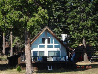 Nice House with Deck and Microwave - Lake Almanor vacation rentals