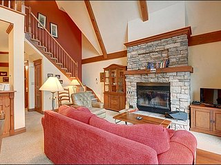 Beautiful 2 bedroom House in Mont-Tremblant National Park - Mont-Tremblant National Park vacation rentals