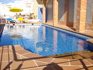 Cozy 3 bedroom Townhouse in Espiche with Internet Access - Espiche vacation rentals