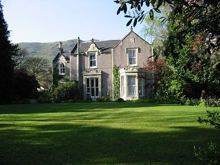 Victorian Mansion ideal for Family and Friends - Tillicoultry vacation rentals
