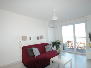 Cozy Antibes Studio rental with Elevator Access - Antibes vacation rentals