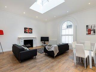 Luxury & brand new 2bed 2bath close to Paddington - Saint Johns vacation rentals