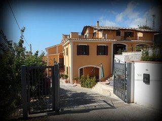 Wonderful Villa in Belmonte Calabro with A/C, sleeps 10 - Belmonte Calabro vacation rentals