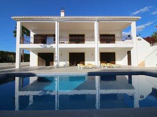 Moradia V3 - Arrendamento para Férias - Praia do Vau - Portimão, Algarve - Portimão vacation rentals