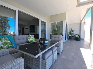 3 bedroom 3 bathroom Apartment  Harbour View located at Mindarie Marina - Mindarie vacation rentals