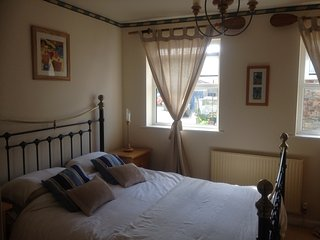 Driftwood cottage, Porthleven, Cornwall. A lovely family holiday home. - Porthleven vacation rentals