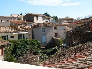 3 Bed Village House with Roof Terrace/St Thibery - Saint-Thibery vacation rentals