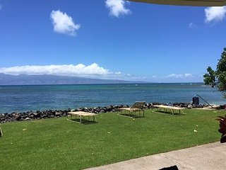 Kahana Reef 120 - Beautiful Ocean Front One Bedroom May Special $130 - Lahaina vacation rentals