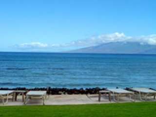 Hale Mahina B401 Direct Oceanfront 2bd /2 ba Sandy Beach - Lahaina vacation rentals