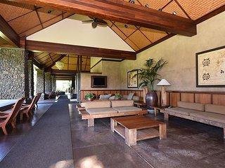 Aina Nalu G 102  Historic Lahaina Town- May Special $139 Sleeps 6 - Lahaina vacation rentals