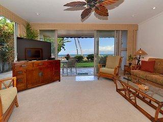 Kulakane 101 Extra Wide Corner Unit.  Direct Oceanfront.  Amazing Views - Lahaina vacation rentals