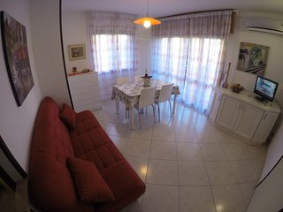 Easy Apartments Peschiera - CC2 - Peschiera del Garda vacation rentals