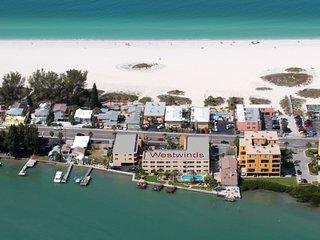 "Westwinds Waterfront ""Windward"" Condo 1Bed 1Bath w/ 3 Docks - Treasure Island vacation rentals"