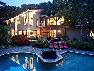 Super Modern European Mansion, 15 min from Boston - Lynnfield vacation rentals