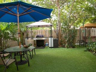 2BR Junior SUITE/Condo.Pool, Garden * SPECIAL*^6 - Hollywood vacation rentals