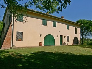 Nice 3 bedroom Farmhouse Barn in Pontedera - Pontedera vacation rentals