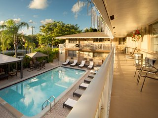 Jun 2 BR CONDO-SUITE POOL GARDEN BBQ *SPECIAL* ^4 - Dania Beach vacation rentals