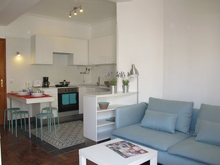 refuge holiday homes | Cosy Estoril Apartment - Estoril vacation rentals