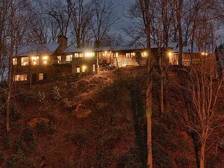 Round Knob Lodge | 6 BR | Historic, Renovated Railroad Executive Lodge - Black Mountain vacation rentals
